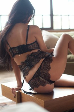 Escort flory Bucharest