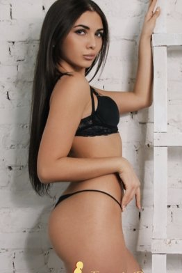 Escort nicolleta Bucharest